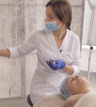 Урок 8К «Ультразвукова чистка обличчя» (практика)